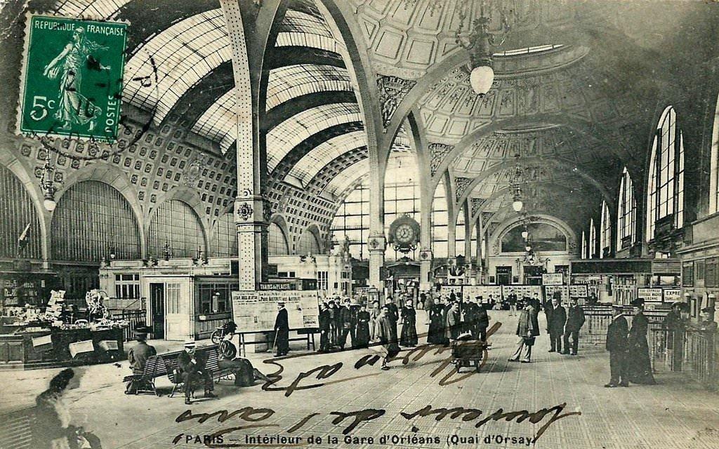 intérieur gare orléans