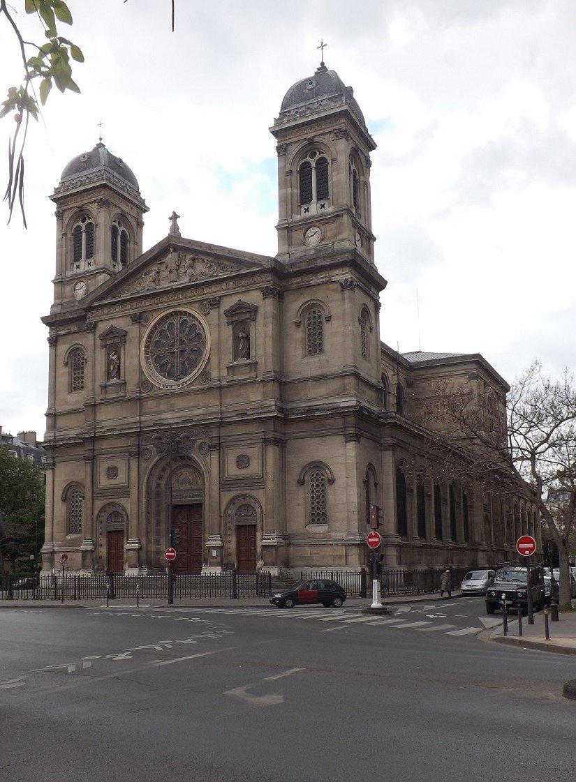 St françois Xavier façade